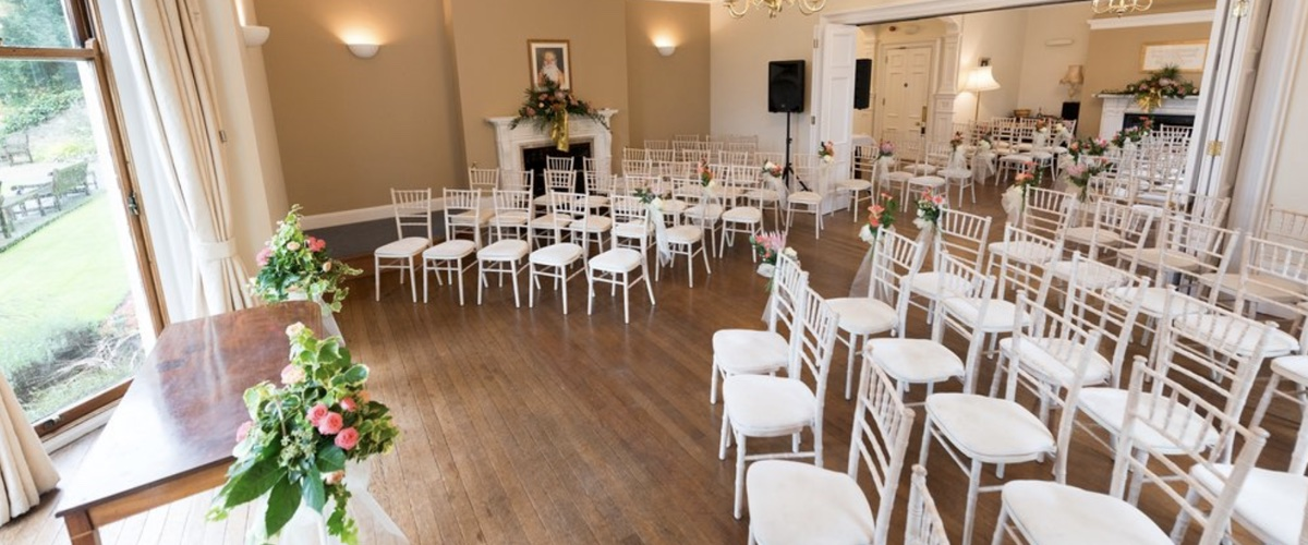 chiavari chairs hire Leicester